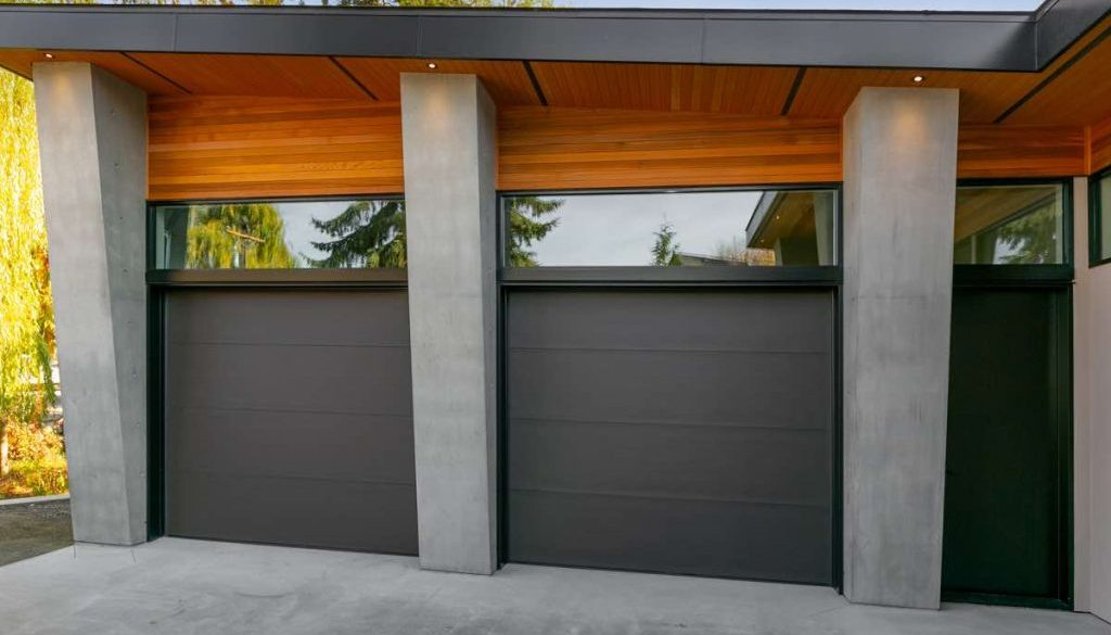 Kelowna Garage Exterior