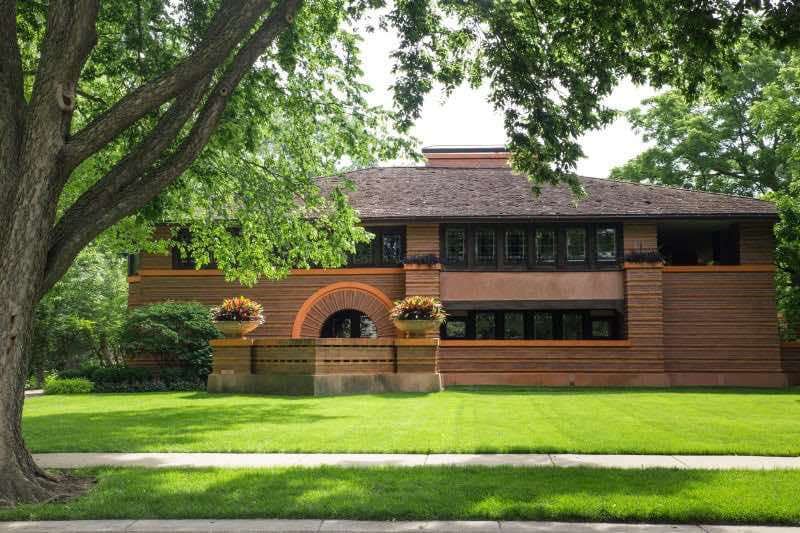 The Arthur B. Heurtley house in Oak Park Illinois by Frank Lloyd Wright